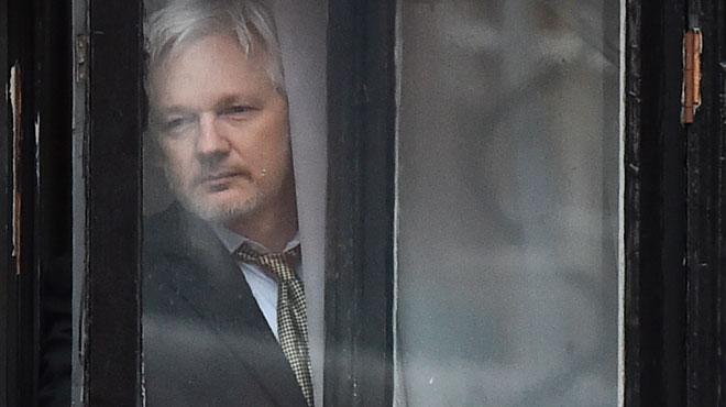Julian Assange: la justice britannique maintient son mandat d'arrêt