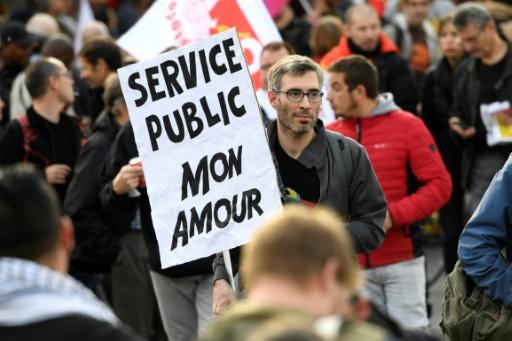 Sept syndicats de fonctionnaires appellent à une