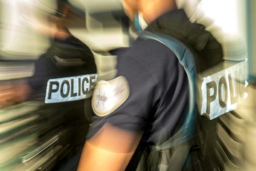 Deux policiers mis en examen et écroués pour