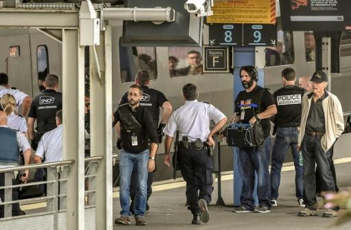 Attentats: Hollywood décomplexé face à un cinéma français encore timoré