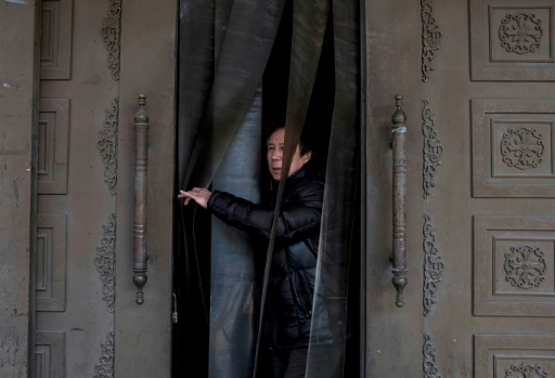 A Shanghai, les vieux boursicoteurs déboussolés par les turbulences des cours
