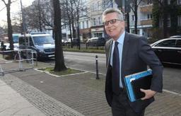 Olaf Scholz (SPD) vice-chancelier dans le nouveau gouvernement d'Angela Merkel