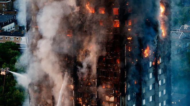 Incendie de la tour Grenfell à Londres: prison ferme pour un homme qui prétendait avoir perdu sa femme et son fils dans le drame