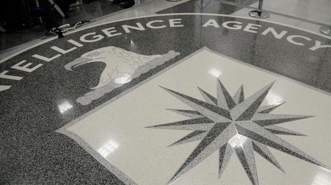 Histoire rocambolesque: voici comment un Russe a réussi à filouter la CIA de 100.000 dollars