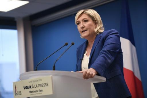 Laïcité: Mme Le Pen juge