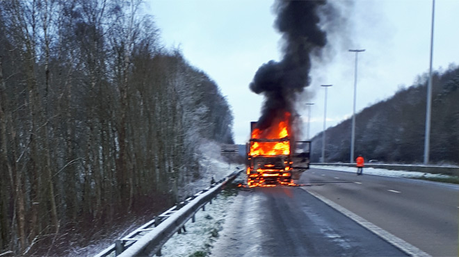 Attention si vous empruntez la E411: un camion