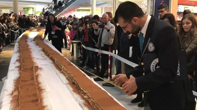 Grosse faim? Passez votre chemin… Voici le plus long tiramisu du monde
