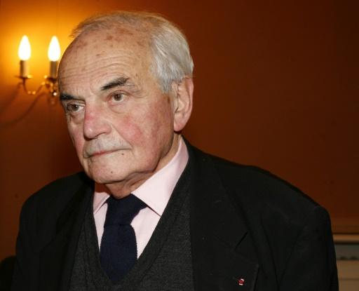 Pas de sépulture dans un cimetière parisien pour l'académicien Michel Déon
