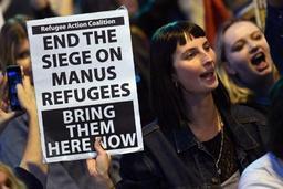 Réfugiés sur l'île de Manus - Un cinquième groupe de réfugiés détenus par l'Australie transféré vers les USA
