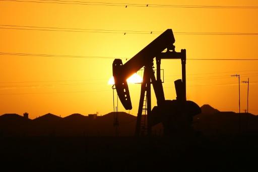 Pétrole: les Etats-Unis fragilisent le rééquilibrage du marché