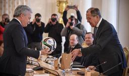 Mission de Didier Reynders à Moscou - Des échanges très footballistiques entre Reynders et Lavrov