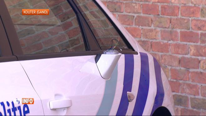 Course-poursuite sur la E40: soudainement, la police se rend compte que des enfants se trouvent dans le véhicule