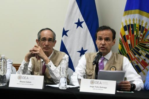 Corruption au Guatemala: l'ex-président Colom et le patron d'Oxfam arrêtés