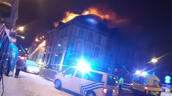 Incendie à Neufchâteau: la circulation interdite en centre-ville jusque vendredi