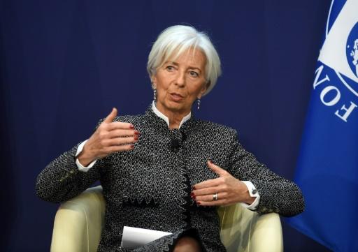 France: Christine Lagarde (FMI) salue