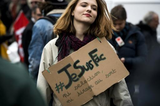 Accès à l'université: la Fage ne soutient plus la réforme, Vidal se veut rassurante