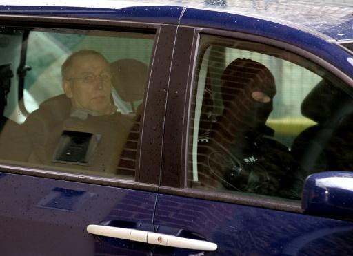 Le tueur en série Michel Fourniret entendu sur les meurtres de deux femmes