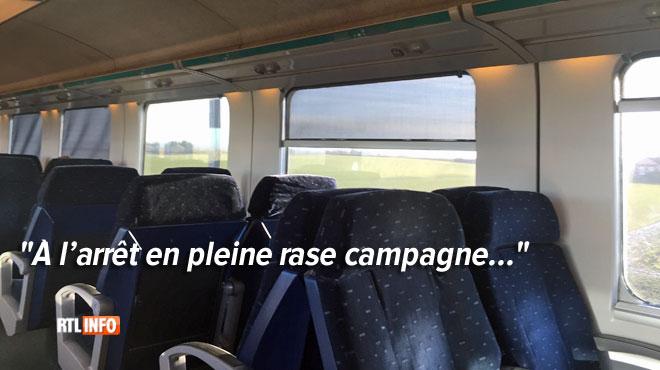 Johanna et Yves coincés dans leur train Bruxelles-Liège: une locomotive de secours a été envoyée