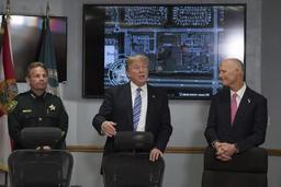 Trump accuse le FBI de s'intéresser plus à l'enquête russe qu'au tireur de Floride