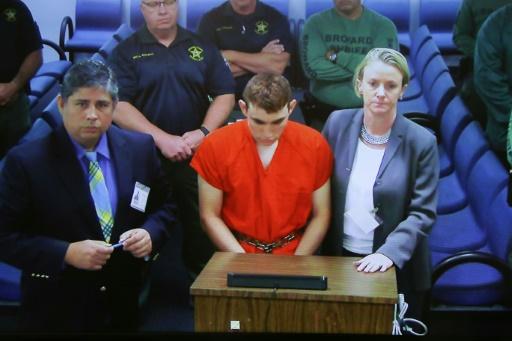 Floride: le couple chez qui vivait le tueur n'avait pas perçu sa violence