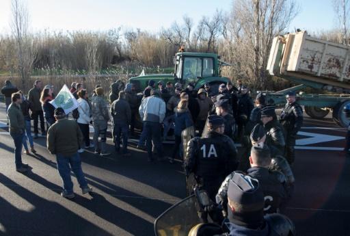Manifestation d'agriculteurs mercredi à la veille de la réception à l'Elysée