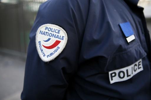 Quatre policiers jugés mercredi pour des violences après des plaintes d'adolescents