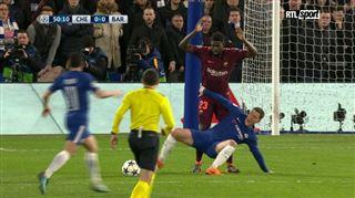 Eden Hazard aurait-il dû obtenir un penalty sur cette phase de jeu? 2