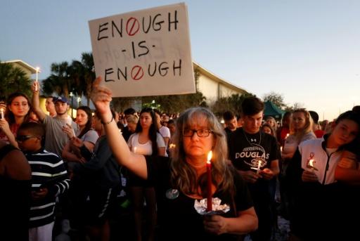 Armes en Amérique: des appels mais peu d'espoirs de réforme