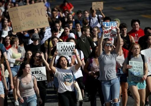 Qui sont les jeunes américains donnant un nouveau souffle au mouvement anti-armes?