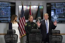 USA: les parents de Melania Trump désormais résidents permanents