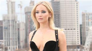 La réponse cinglante de Jennifer Lawrence, critiquée pour sa robe très dénudée (photos) 6