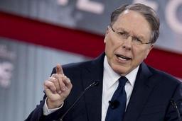 La NRA, lobby des armes, dénonce la