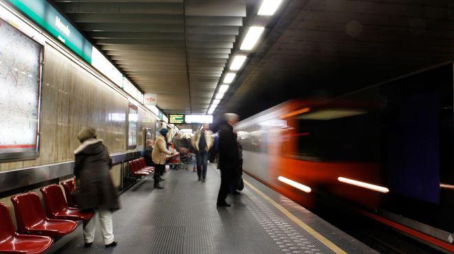 On a frôlé le drame ce matin à la station Merode- Une personne ivre est tombée sur les voies 1