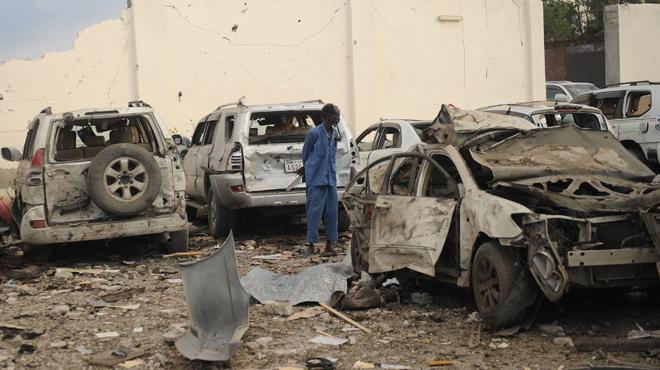 Attentats sanglants en Somalie: le palais présidentiel et un hôtel visés par le groupe jihadiste des shebab