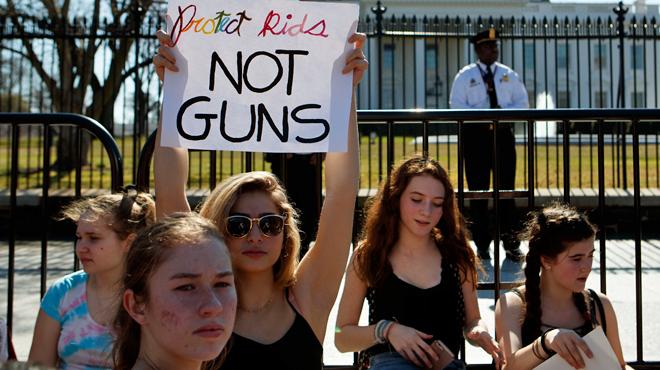 Des entreprises privées américaines commencent à boycotter la National Rifle Association, le puissant lobby des armes