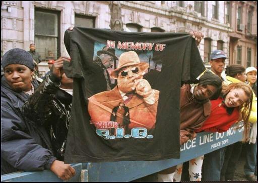 Qui a tué Tupac et Biggie? Une nouvelle série rouvre l'enquête