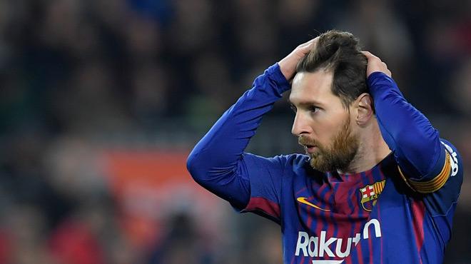 Un carton et un blessé — FC Barcelone