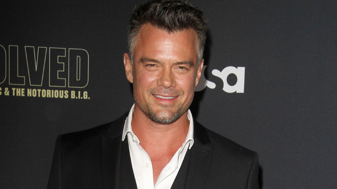 Josh Duhamel a une nouvelle girlfriend... Attention les yeux (photos)