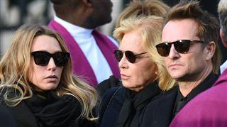 Sylvie Vartan- que Johnny ait voulu déshériter David et Laura, je n'y crois pas 3