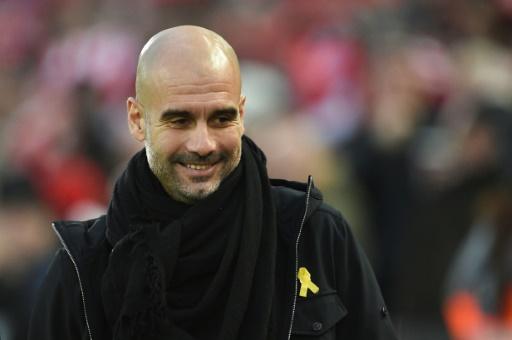 Coupe Ligue anglaise: Guardiola arbore un ruban jaune malgré la procédure de la FA
