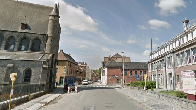 Agression à Tournai: deux hommes frappent à la porte de la victime, la poussent à l'intérieur et la menacent d'un couteau