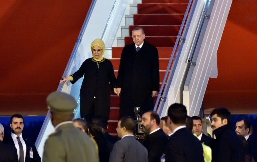 En quête d'influence, Erdogan entame en Algérie une nouvelle tournée en Afrique