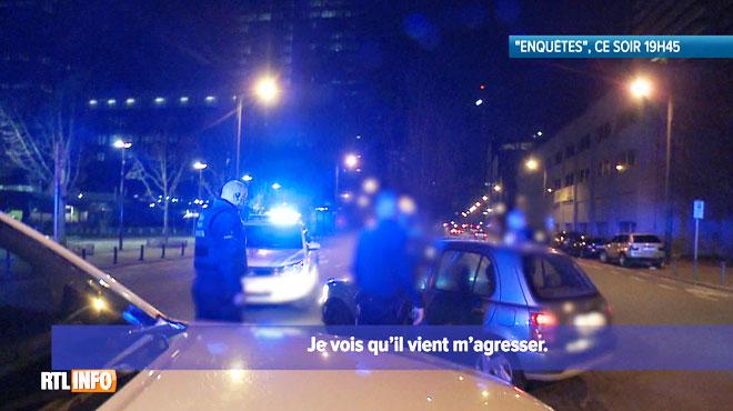 La police voit un homme courir derrière une voiture et assiste en direct à un délit de fuite
