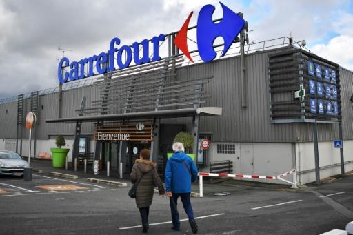 Carrefour, affecté par une perte nette en 2017, a hâte de se transformer