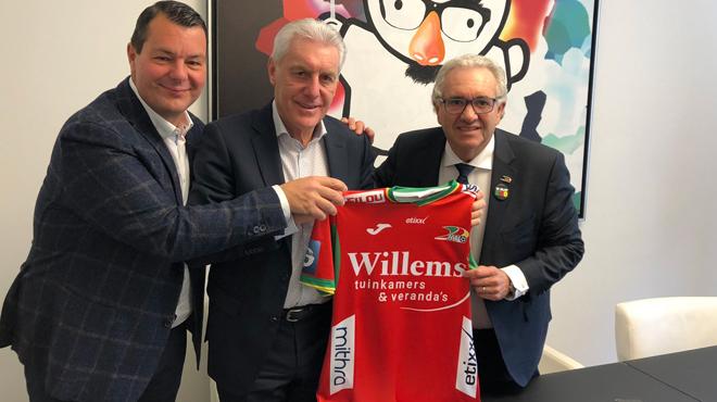 Hugo Broos devient le nouveau directeur du KV Ostende