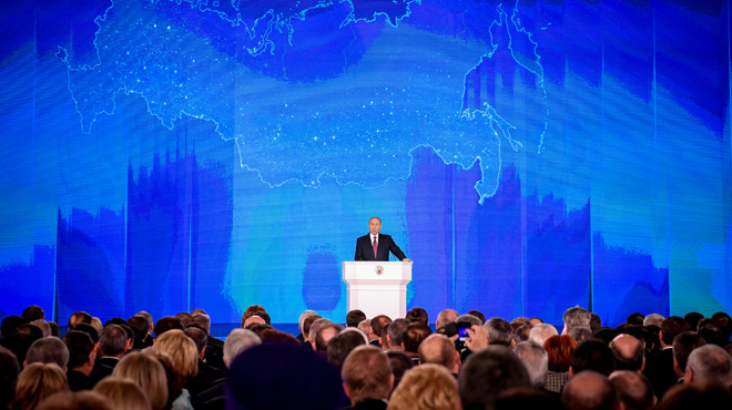 Vladimir Poutine dévoile les nouvelles armes russes
