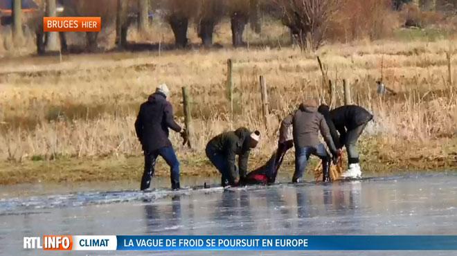 Drame à Bruges: un Néerlandais est tombé dans un lac gelé alors qu'il faisait du patin à glace