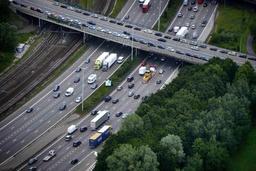 Les limitations de vitesse sur autoroutes revues à la baisse en Flandre