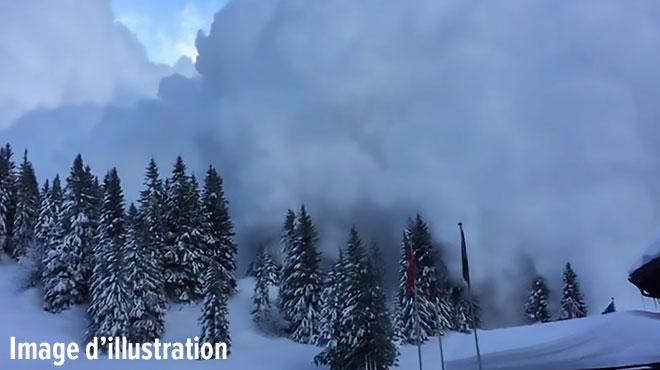 Avalanche dans les Alpes-Maritimes: quatre morts, un blessé et un disparu