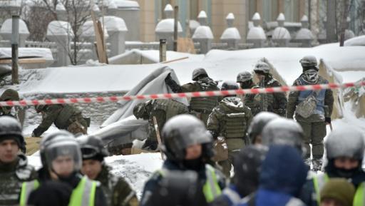 Policiers et manifestants s'affrontent à Kiev: 10 blessés, 50 interpellations